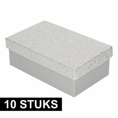 10x kerstversiering kadodoosje/cadeaudoosje zilver/glitter 15 cm