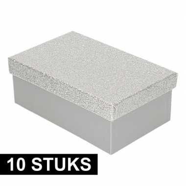 10x kerstversiering kadodoosje/cadeaudoosje zilver/glitter 17 cm