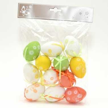 12x stuks paaseieren hangversiering pasen thema vrolijke kleurenmix 6 cm