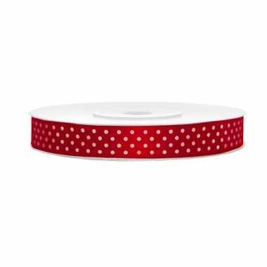 1x hobby/versiering rood satijnen sierlinten met witte stippen 1,2 cm