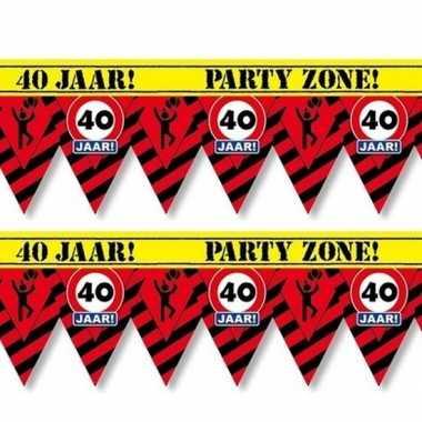2x 40 jaar party tape/markeerlinten waarschuwing 12 m versiering