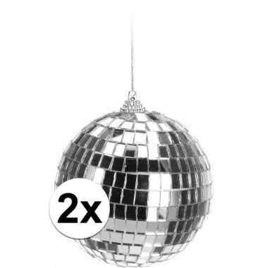 2x kerstboom versiering discoballen zilver 10 cm