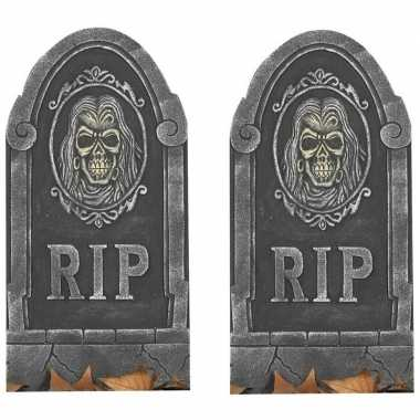 2x rip kerkhof grafstenen met schedel 65 cm halloween versiering