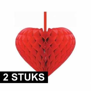 2x rode versiering hartjes versiering 15 cm