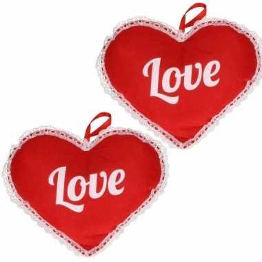 2x rood hart love vilten hangversiering 21 x 27 cm