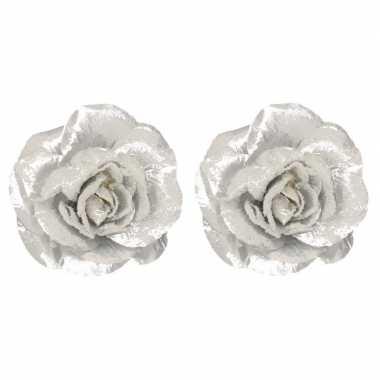 2x zilveren roos kerstversiering clip versiering 12 cm