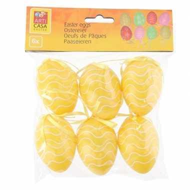 6x stuks pasen/paas hangversiering paaseieren geel 6 cm