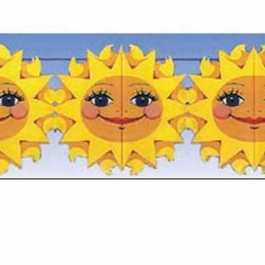 Feest versiering slingers zonnetjes van 2 meter