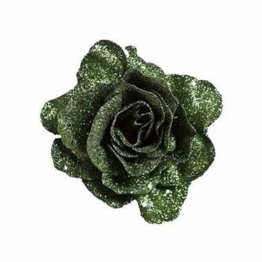 Groene roos met glitters op clip 10 cm kerstversiering