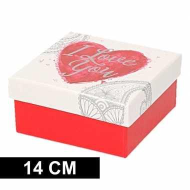 Kerstversiering kadodoosje/cadeaudoosje rood/wit 14 cm