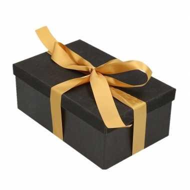 Kerstversiering kadodoosje/cadeaudoosje zwart/glitter 15 cm met een g