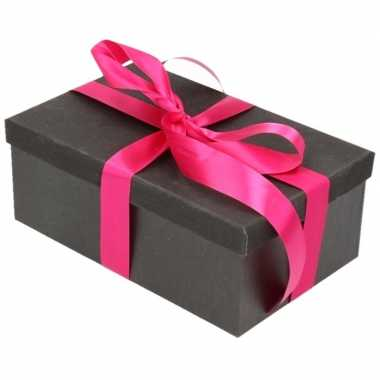 Kerstversiering kadodoosje/cadeaudoosje zwart/glitter 15 cm met fuchs