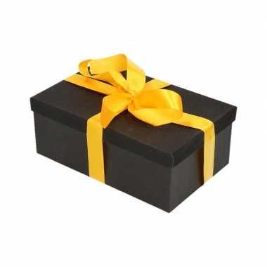 Kerstversiering kadodoosje/cadeaudoosje zwart/glitter 17 cm en geel l