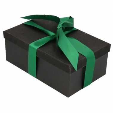 Kerstversiering kadodoosje/cadeaudoosje zwart/glitter 17 cm en groen