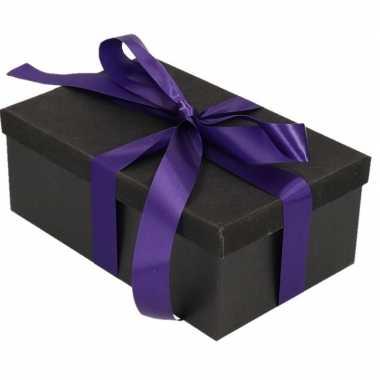 Kerstversiering kadodoosje/cadeaudoosje zwart/glitter 7 cm met paars
