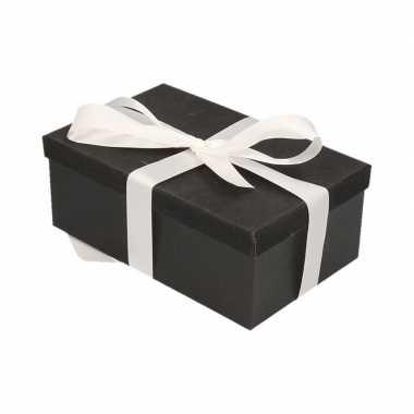 Kerstversiering kadodoosje/cadeaudoosje zwart/glitter 7 cm met wit li