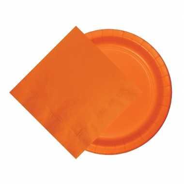 Oranje tafelversiering set 8 bordjes en 20 servetten