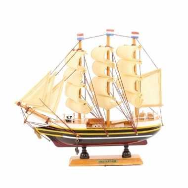 Versiering model zeiljacht 24 cm