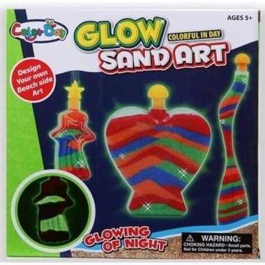 Versiering speelzand set voor jongens glow in the dark