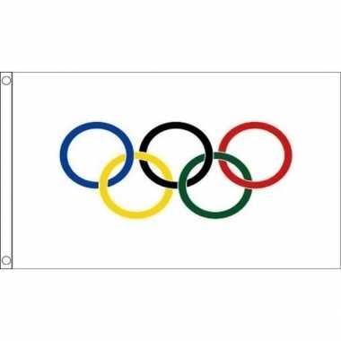 Versiering vlaggen olympische spelen 10102023