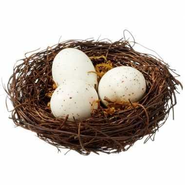 Versiering vogelnestje met 3 eieren