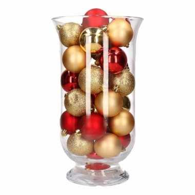 Woonversiering goud rode kerstballen in vaas