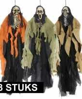 3x horrorthema skelet versiering
