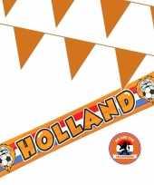 Ek oranje straat huis versiering pakket met oa 1x banner holland en 300 meter oranje vlaggenlijnen