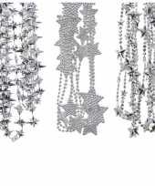 Kerstboomversiering 3x zilveren kralenslingers met sterretjes 270 cm