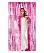 Roze versiering deurgordijn van folie