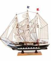 Versiering model zeiljacht 34 cm