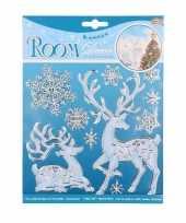 Winterse raamversiering hert en sneeuwvlok
