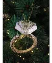 Woonversiering standaard met hanger diamanten ring